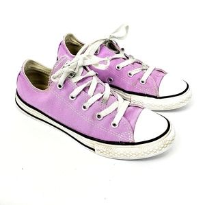 Other - Converse Chucks Purple Low Top Sneakers Shoes Y 2